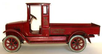 buddy l trucks trains toy appraisals space toys appraisal, Buddy L toy truck museum buying buddy l trains, cars and trucks,  buddy l toys for sale free appraisals, steelcraft moving van for sale free appraisals, vintage space toys free appraisals,  rare tin toy robots for sale, fast appraisal antique toy appraisals free